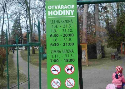 Zamocky park Pezinok 032018 (10)