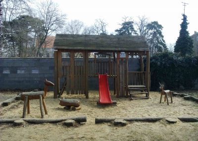 Zamocky park Pezinok 032018 (12)