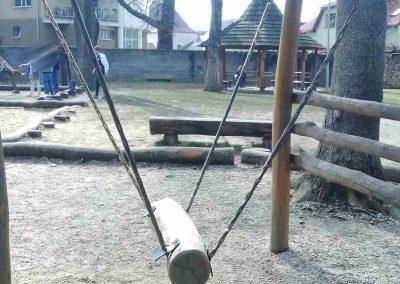 Zamocky park Pezinok 032018 (5)