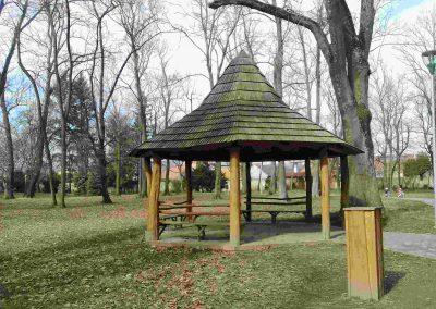 Zamocky park Pezinok 032018 (8)