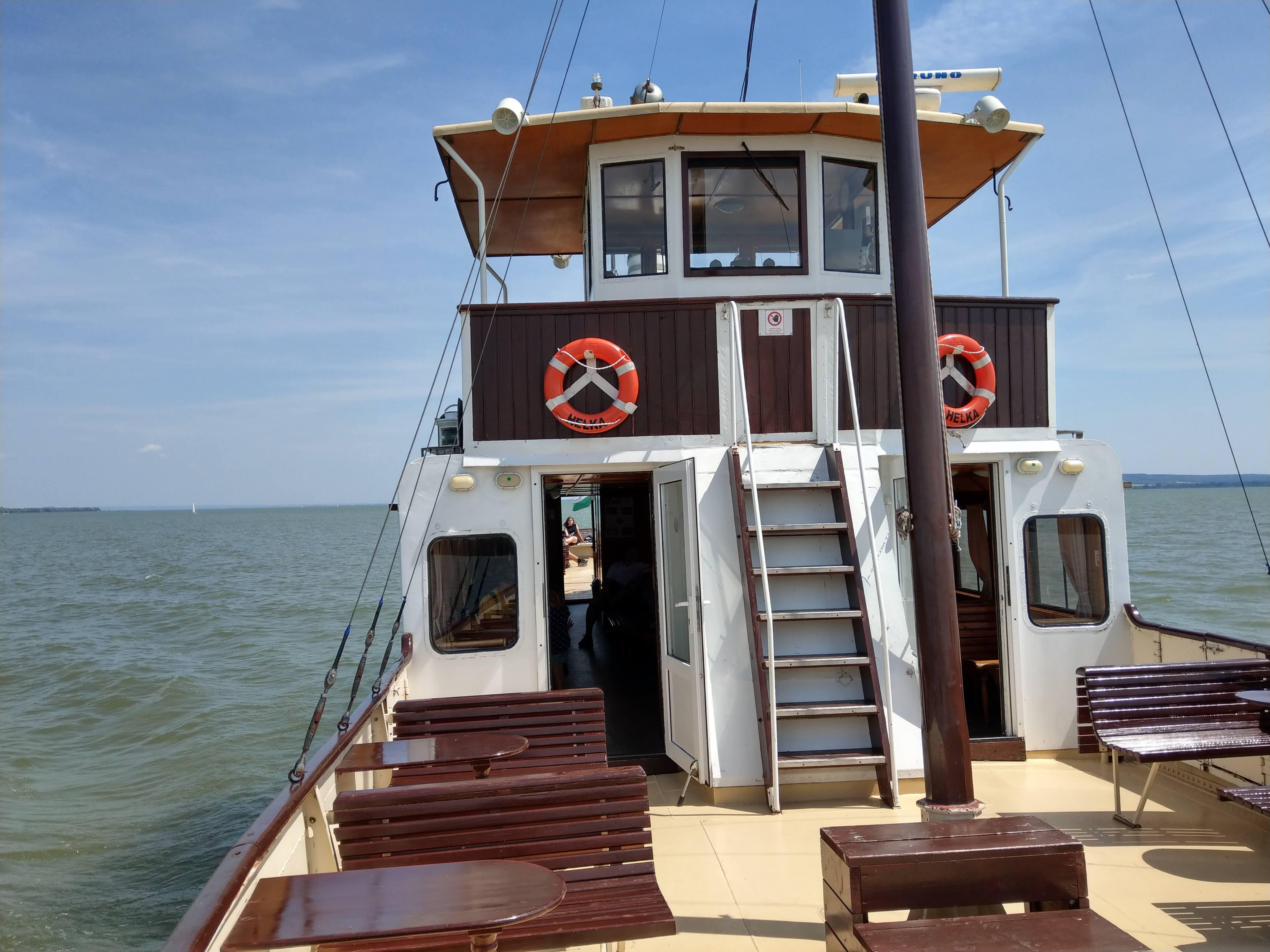Keszthely hodinova výletna plavba lodou Helka