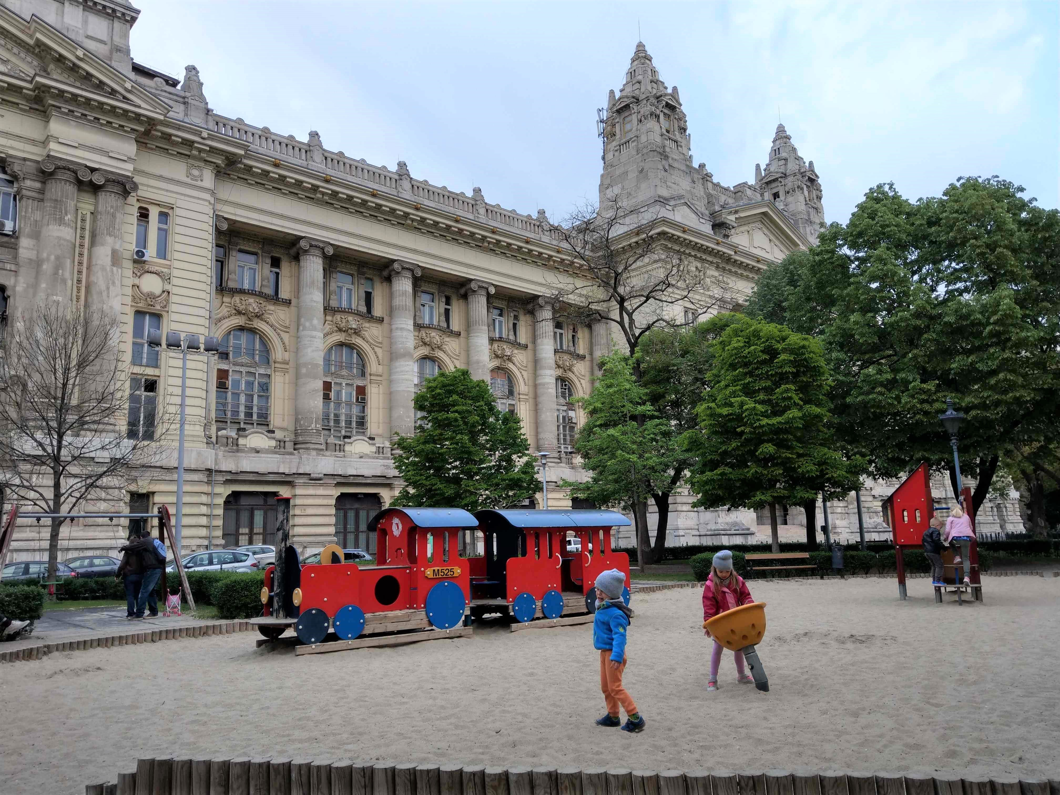 003 Budapest - Liberty square