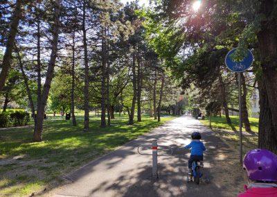 01 Park a detské ihrisko Ostredky 052020