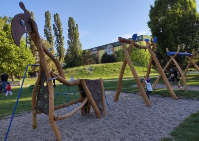 04 Park a detské ihrisko Ostredky 052020
