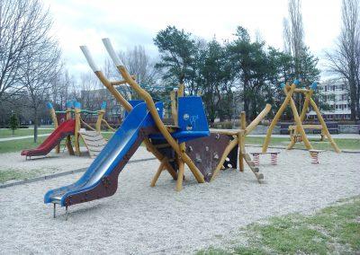 05 Park a detské ihrisko Ostredky 032018