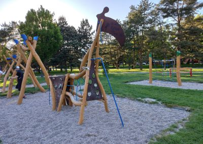 07 Park a detské ihrisko Ostredky 052020