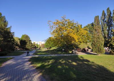 17 Park a detské ihrisko Ostredky 052020 (19)