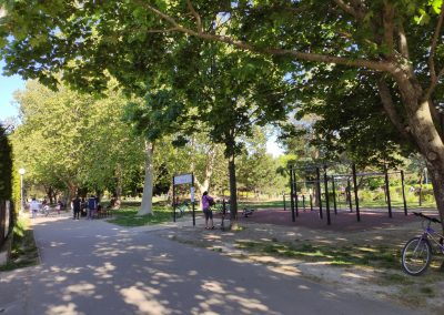 19 Park a detské ihrisko Ostredky 052020 (2)
