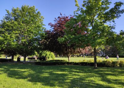 22 Park a detské ihrisko Ostredky 052020