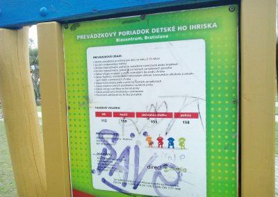 23 Park a detské ihrisko Ostredky (1)
