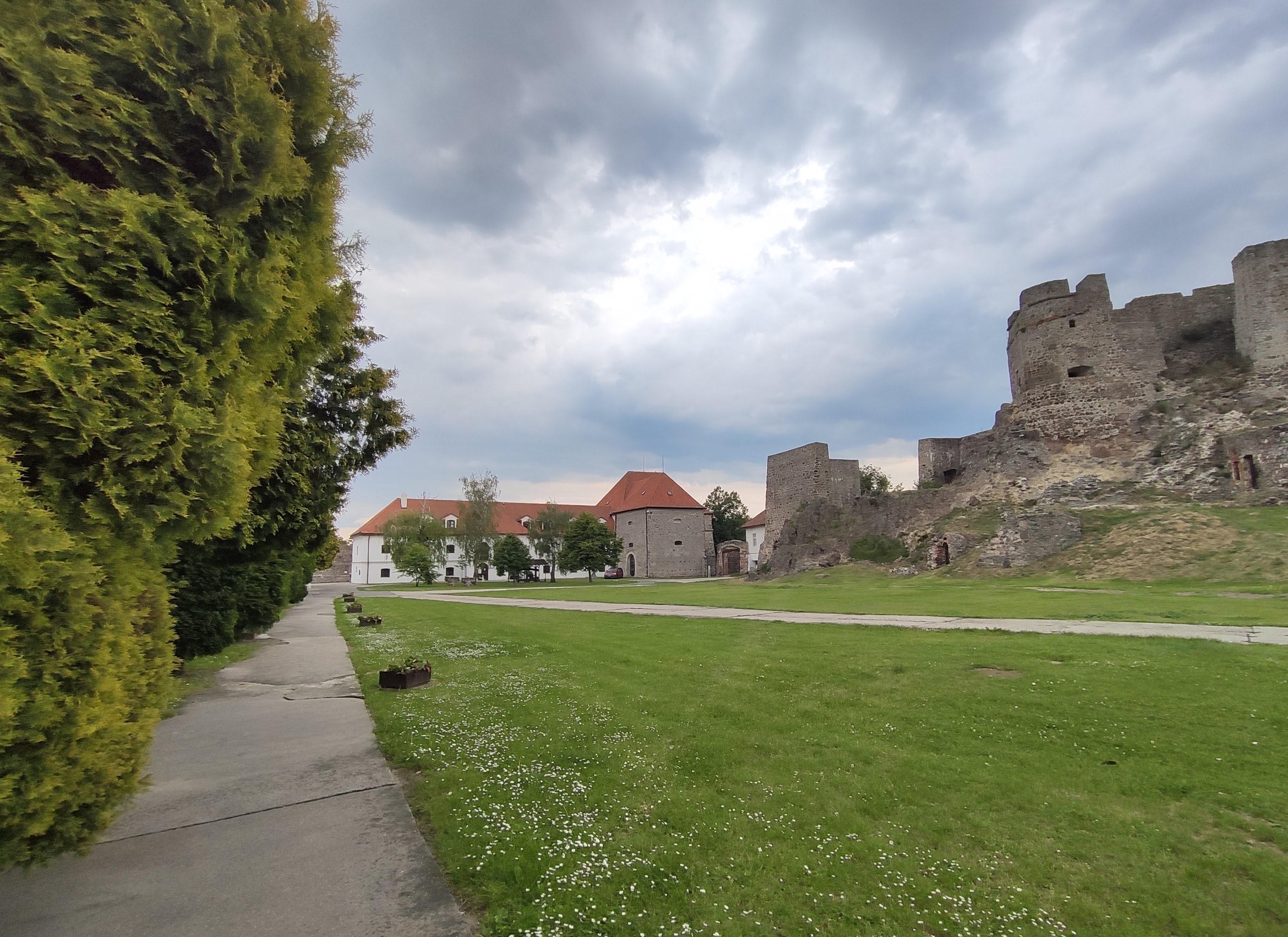 09 Levický hrad a Tekovské múzeum v Leviciach 052020