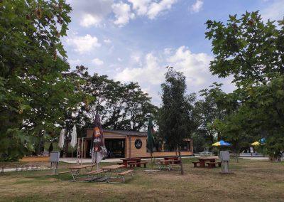 03 Camping Pullmann 082020 Reštaurácia Na panvici