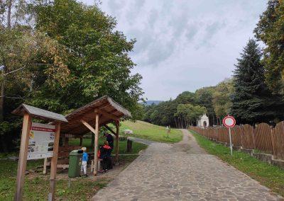 02 Molpír a Hlbočianska dolina Smolenice 102020