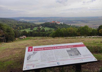 12 Molpír a Hlbočianska dolina Smolenice 102020